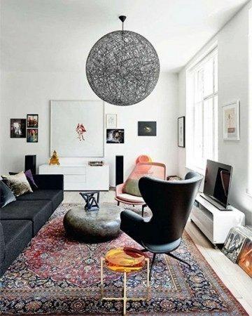 oosterse sfeer in huis modern interieur met perzisch tapijt