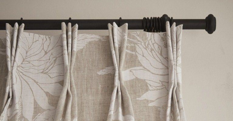 3 manieren om gordijnen op te hangen aan de wand mrwoon