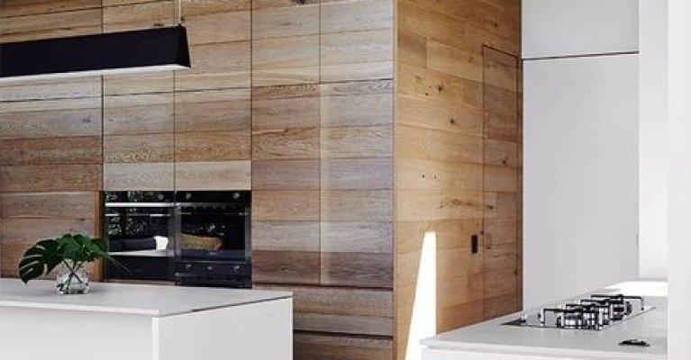 Haal de natuur in huis met hout aan de muur mrwoon - Badkamer natuur hout ...