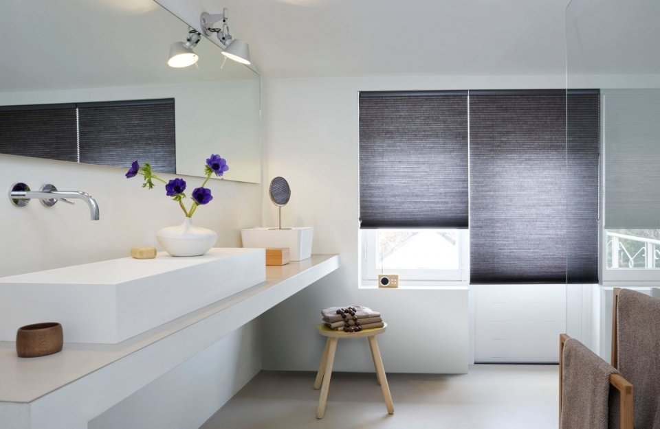 Natuurlijk Afgewerkte Badkamer : Raamdecoratie in de badkamer mrwoon