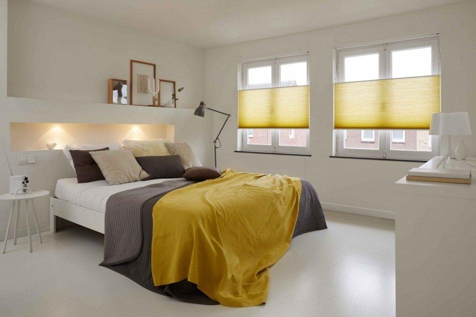 Woonkamer grijze accessoires woonkamer : Zo combineer je rustige muren met u00e9u00e9n kleuraccent : Kok Wonen en ...